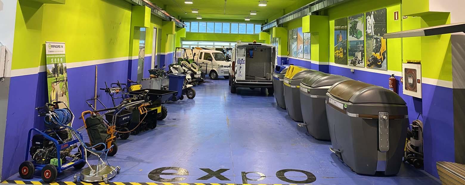 Venta y alquiler de maquinaria de ocasión para limpieza viaria y gestión de residuos urbanos